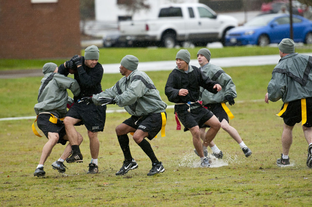 long-standing_army_rivalry_a_source_of_teambuilding_unity_111122-a-kh311-036